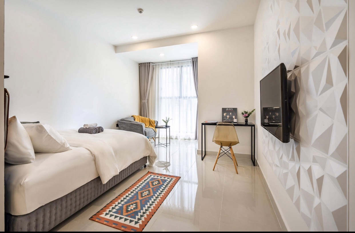 Officetel (Studio – 1 Bedroom) Saigon Royal for rent in District 4, just 5 min walking to District 1